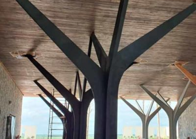 Columnas de hierro modernas